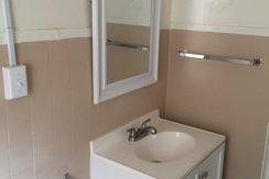 Avondale 2 bathroom