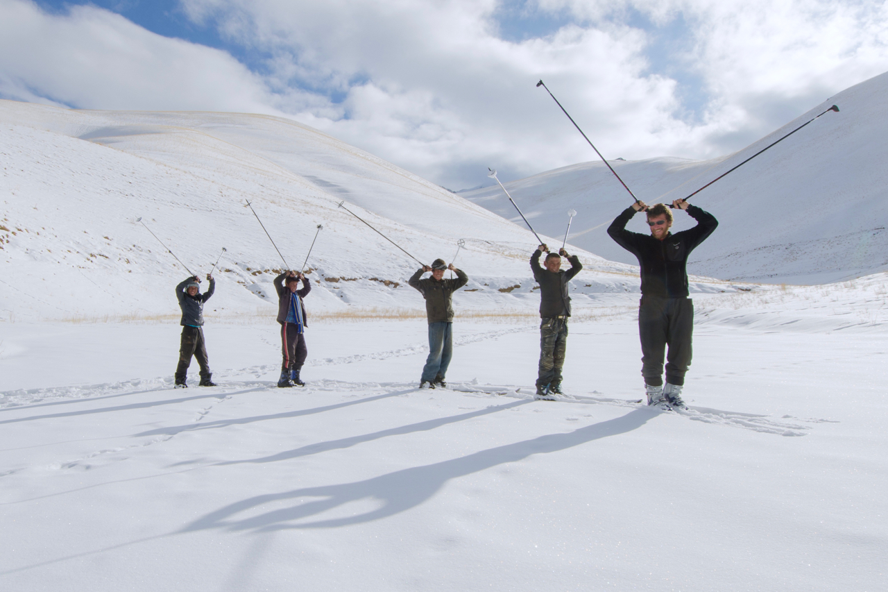Ferdiando Rollando , Italian mountain guide and funder of Alpistan, gives the first ski lesson to a group of kids from a small village in Bamyan province – 28 January 2011