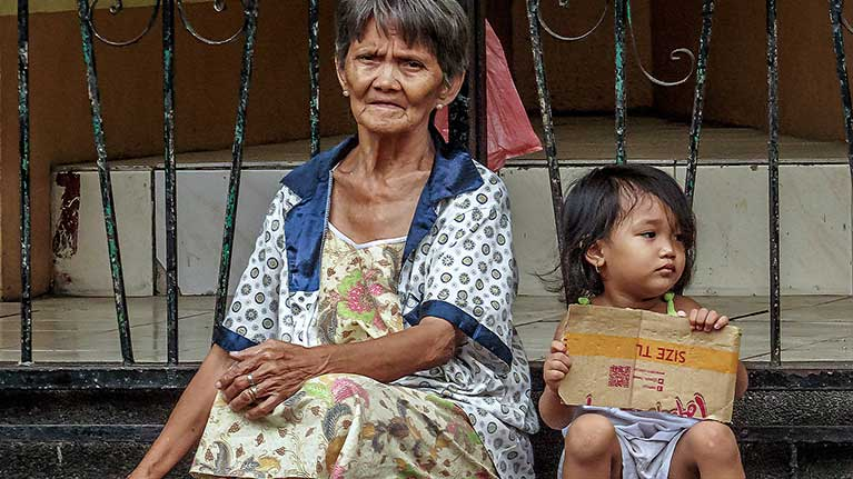 Social protection at the crossroads – in pursuit of a better future