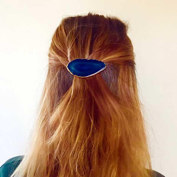 blue-hair-clip