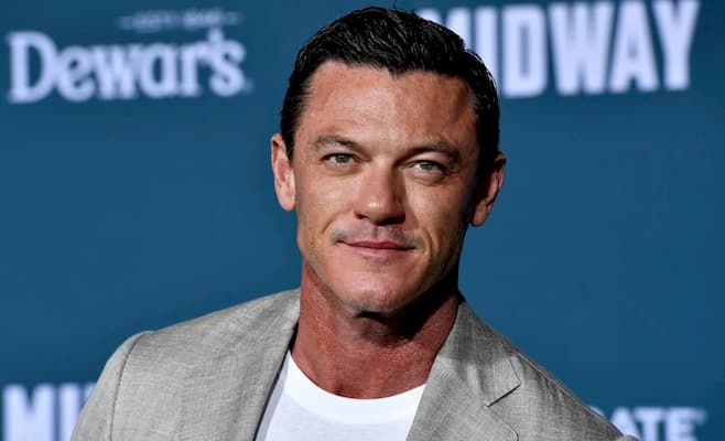 Luke Evans on the red carpet