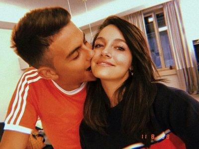 Oriana Sabatini with her boyfriend Paulo Dybala