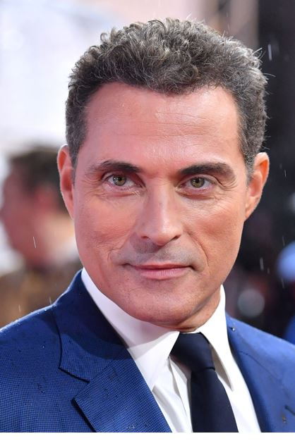 rufus sewell actor.