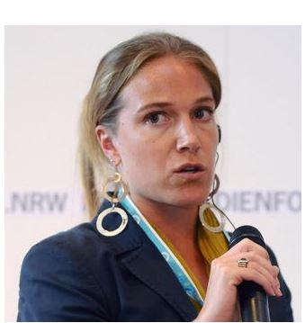 Arwa Damon the journalist