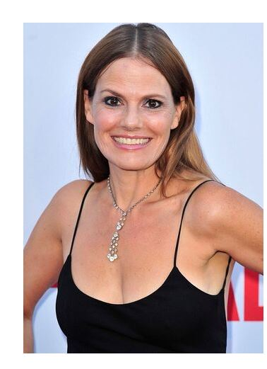 Suzanne Cryer an actress