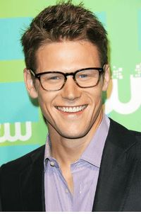 Zach Roerig the actor