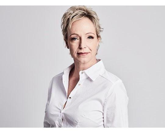 Jane Dutton the Aljazeera journalist