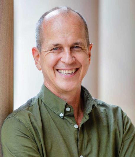 Peter Gretse the Aljazeera journalist