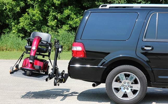 patriotmobilityoutsidecarlift