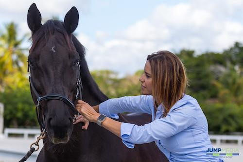 Dr. Natalia Novoa of Palm Beach Equine Clinic