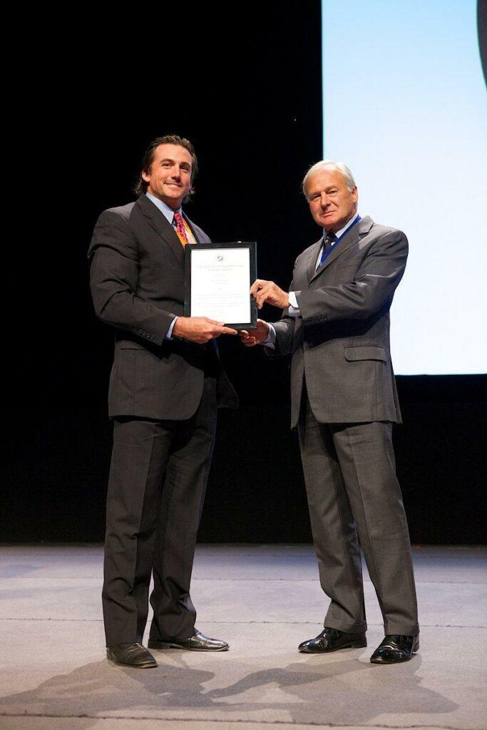 Congratulations to Dr. Weston Davis for winning the BEVA Trust Peter Rossdale EVJ Open Award at the 2014 BEVA Congress in Birmingham.