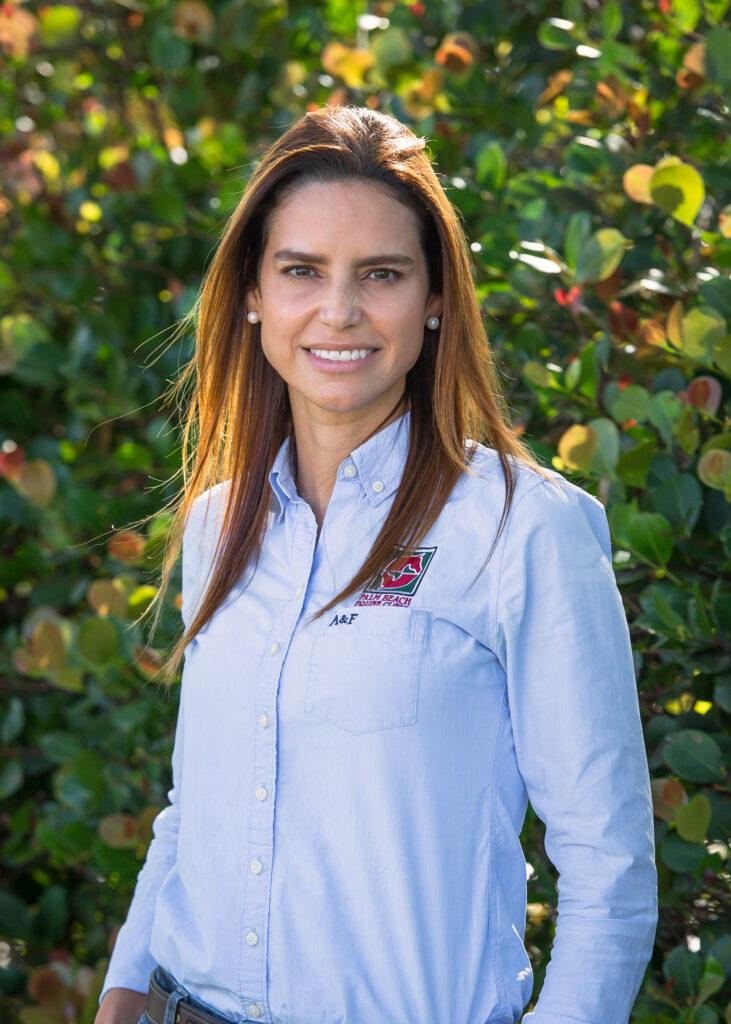 Dr. Natalia Navoa