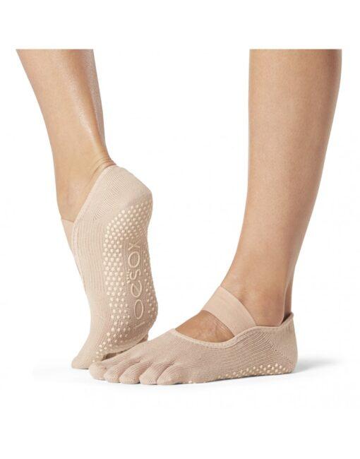 Pilates Socks | The Pilates Solution