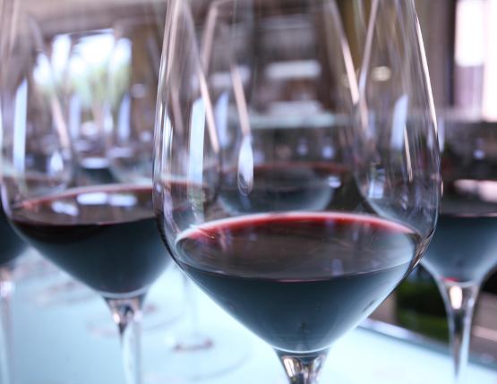 Wine glasses cabernet sauvignon flash détente