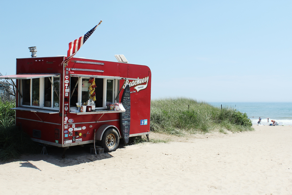 beacheesy ditch plains montauk hamptons food truck