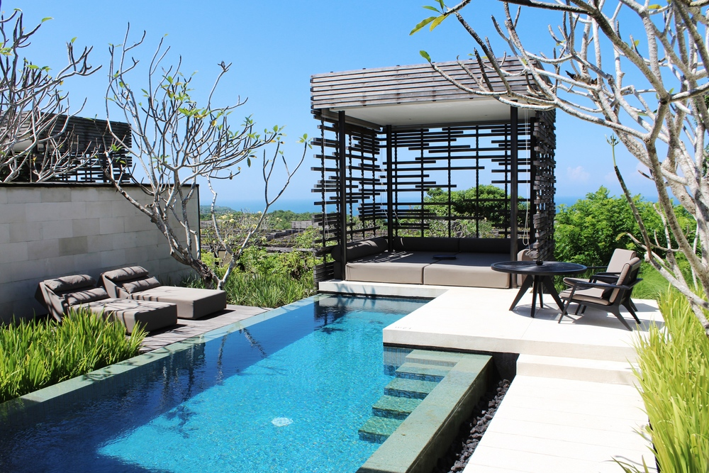 alila villas uluwatu bali luxury wave provocateur