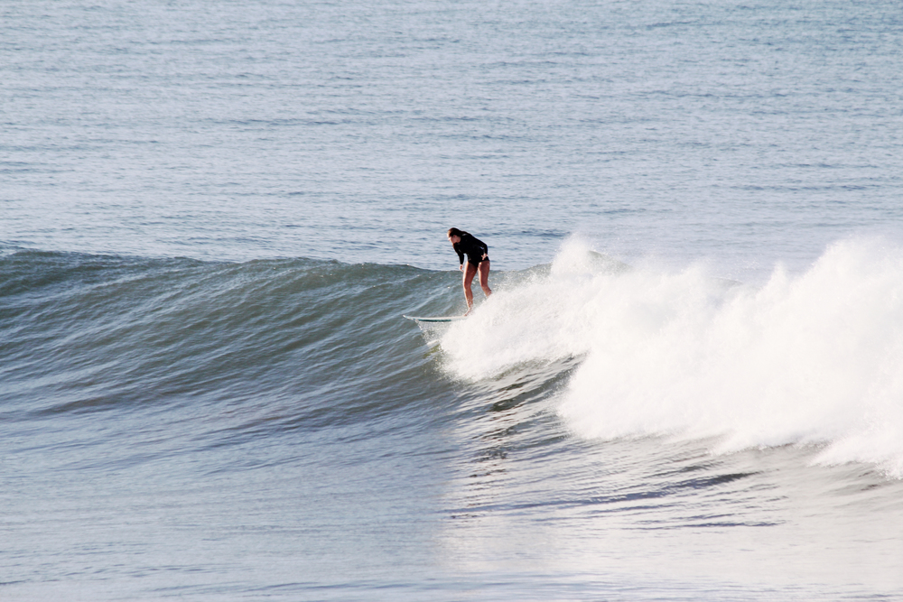 bree warren surfing morocco banana point