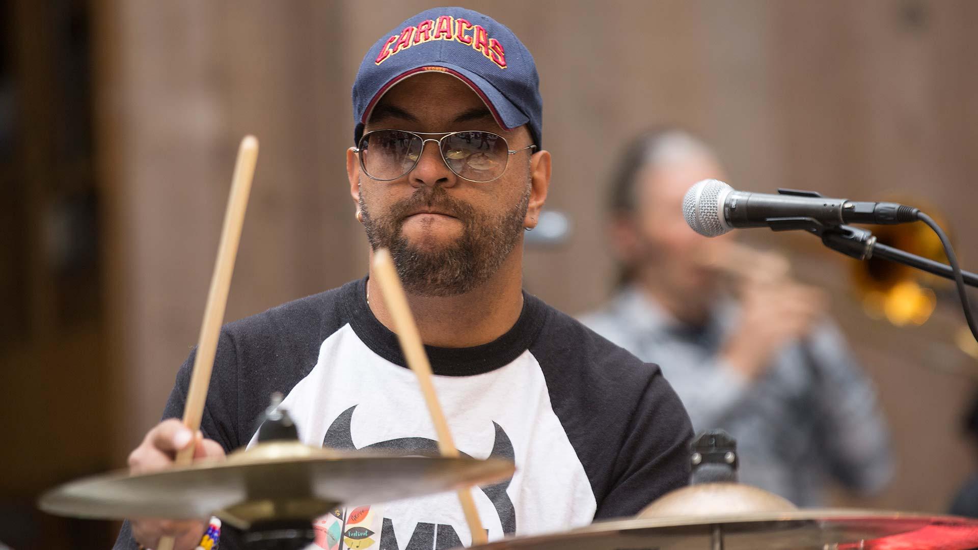 Omar Drumming