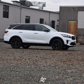 Black Rover Roof Kia