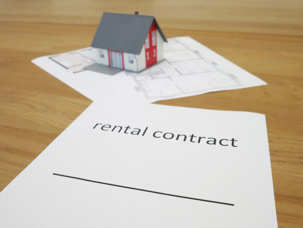 Illustrating renting a house in Spain