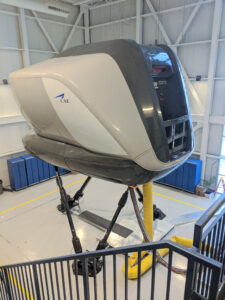 The flight simulator, the box in the life of an airline pilot.
