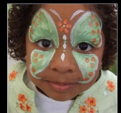 Hire Face Painters Chicago, Safe face painting/ Balloon Twister. Chicago Face Painter by a Party Character and combinations of magic skills, expert balloon twisting