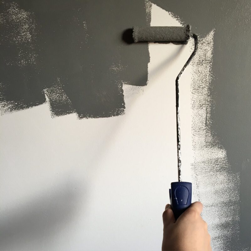 painting a wall gray