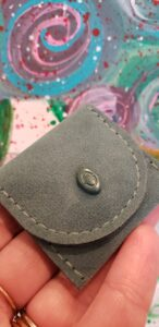 AU-Rate Necklace pouch