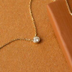 AU-Rate Necklace Bezel Diamond Necklace