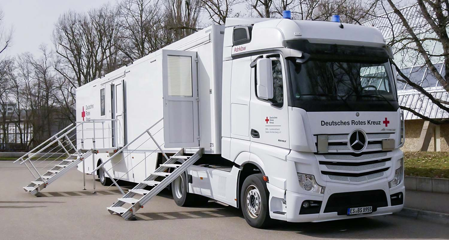 Mercedes-Benz Actros – COVID-19 Mobile Vaccination Lab For The Rems-Murr District