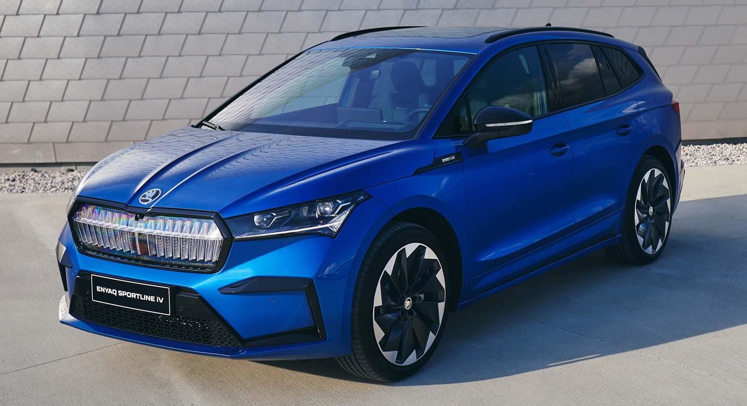 "Škoda Enyaq iV And Škoda Superb Combi Win Six Awards In ""Family Cars Of The Year"" Readers' Poll"