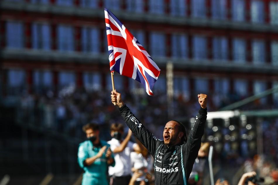 F1 – Hamilton Takes Eighth British Grand Prix Win Despite Penalty For Verstappen Collision