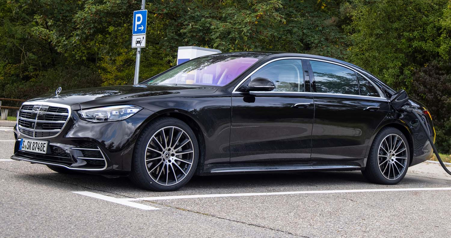 Sales Release For The S-Class As A Plug-In Hybrid