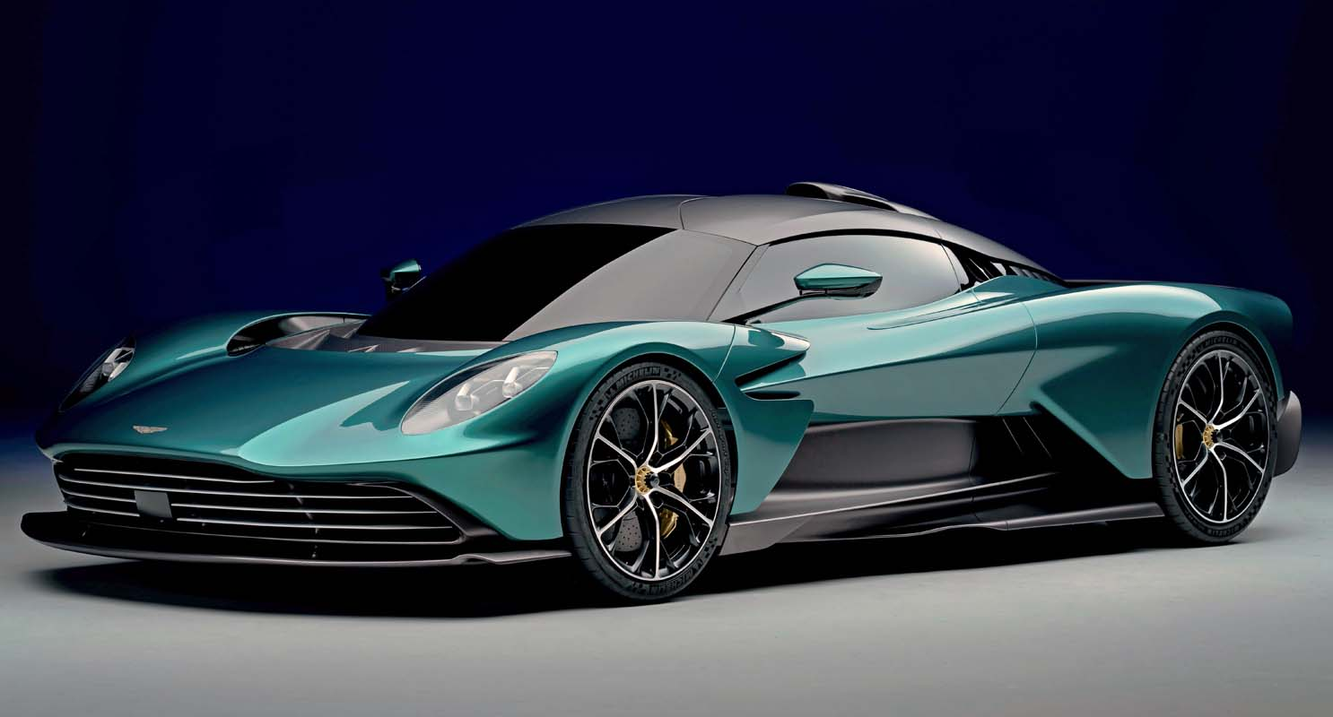 Aston Martin Preparation For The Beach Concours D'elegance 2021