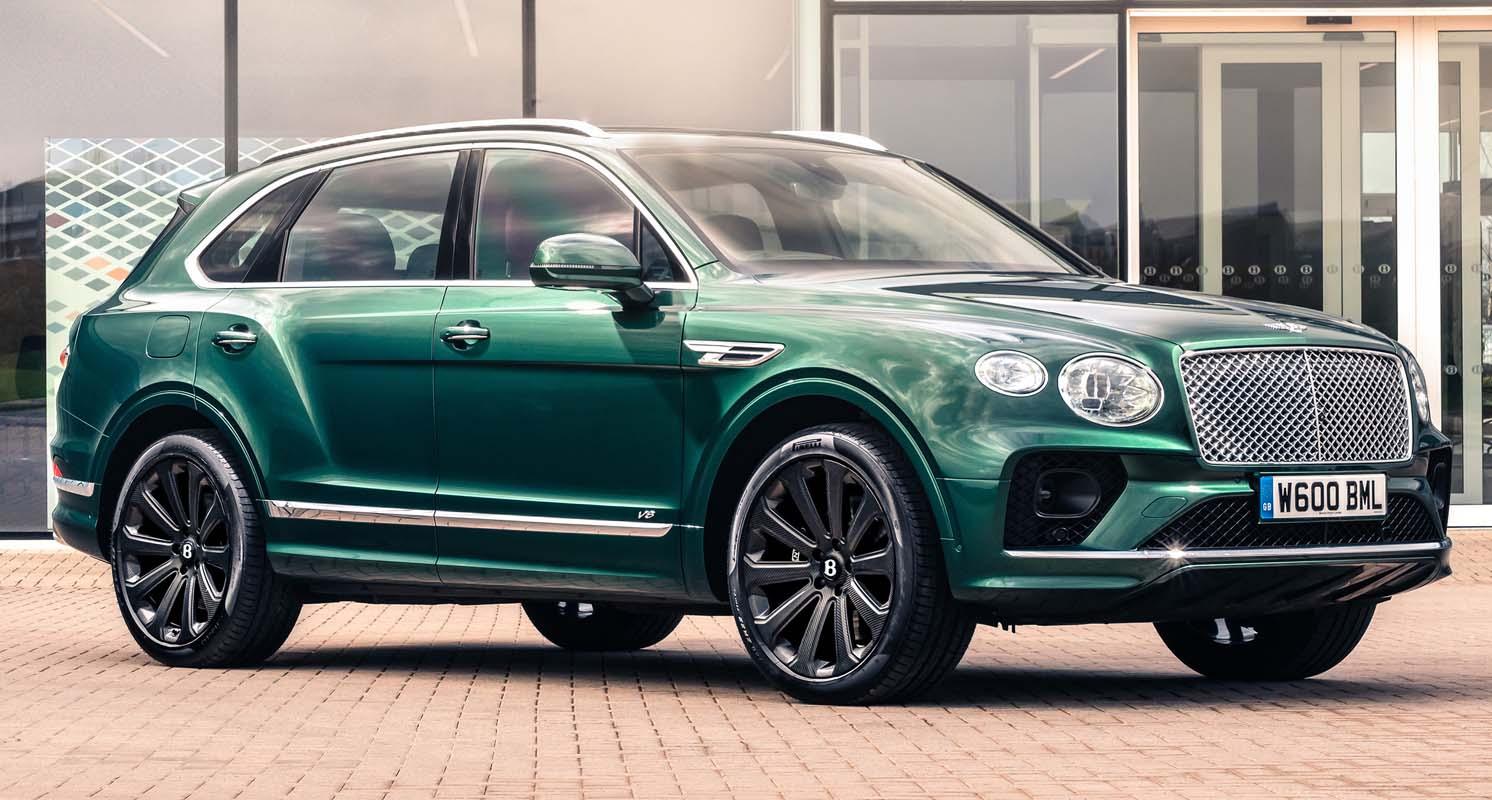 """Bentley Mulliner Develops 22"""" Carbon Fibre Wheel For Bentayga"""