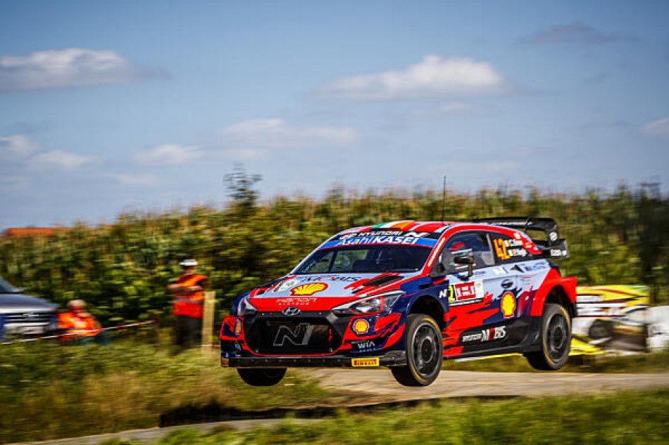 WRC – Neuville Closes On Home Victory At Ypres Rally