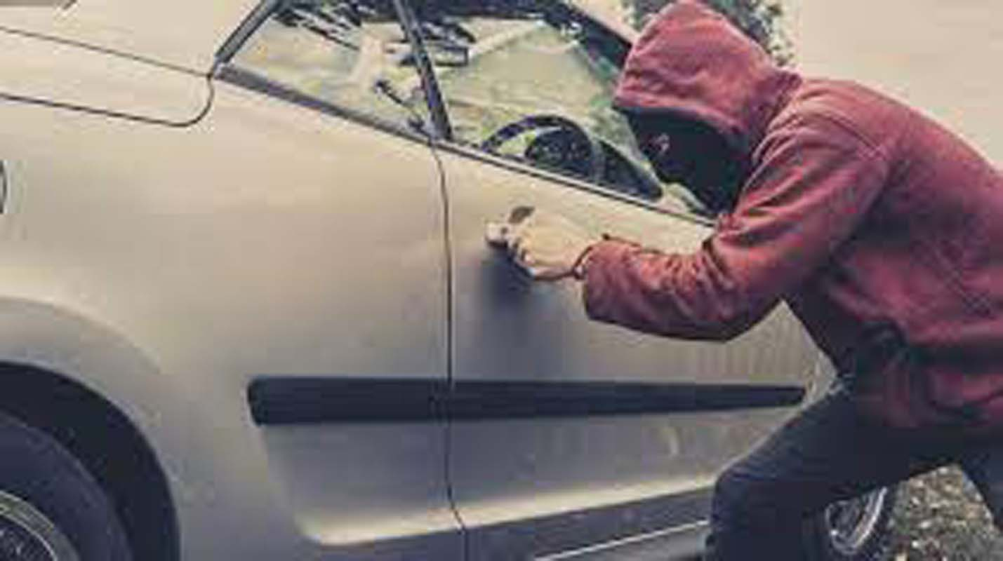 Car Insurance Expert Reveals 8 Major Car Security Mistakes We All Make, How To Prevent Them?