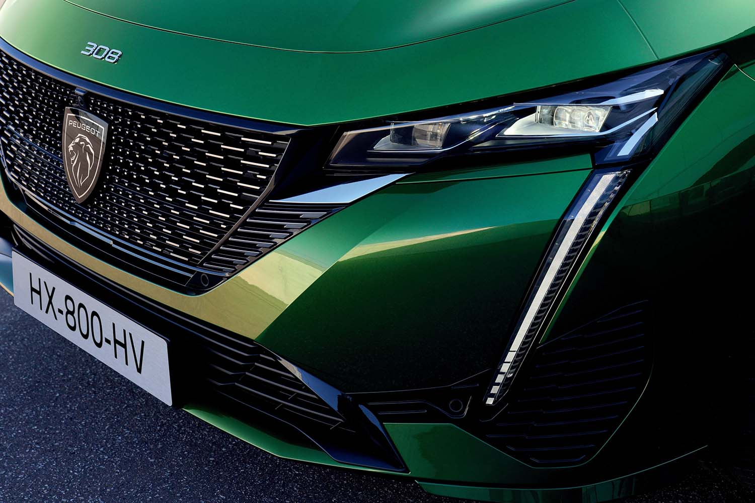 Peugeot 308 – New Types Of Lighting On The Lion's Look, Fangs And Claws