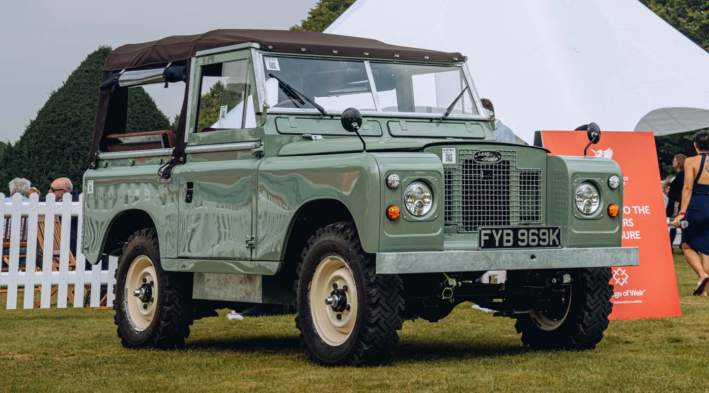 Electric Land Rover Series IIA From Everrati Makes First Public Debut At Concours Of Elegance 2021