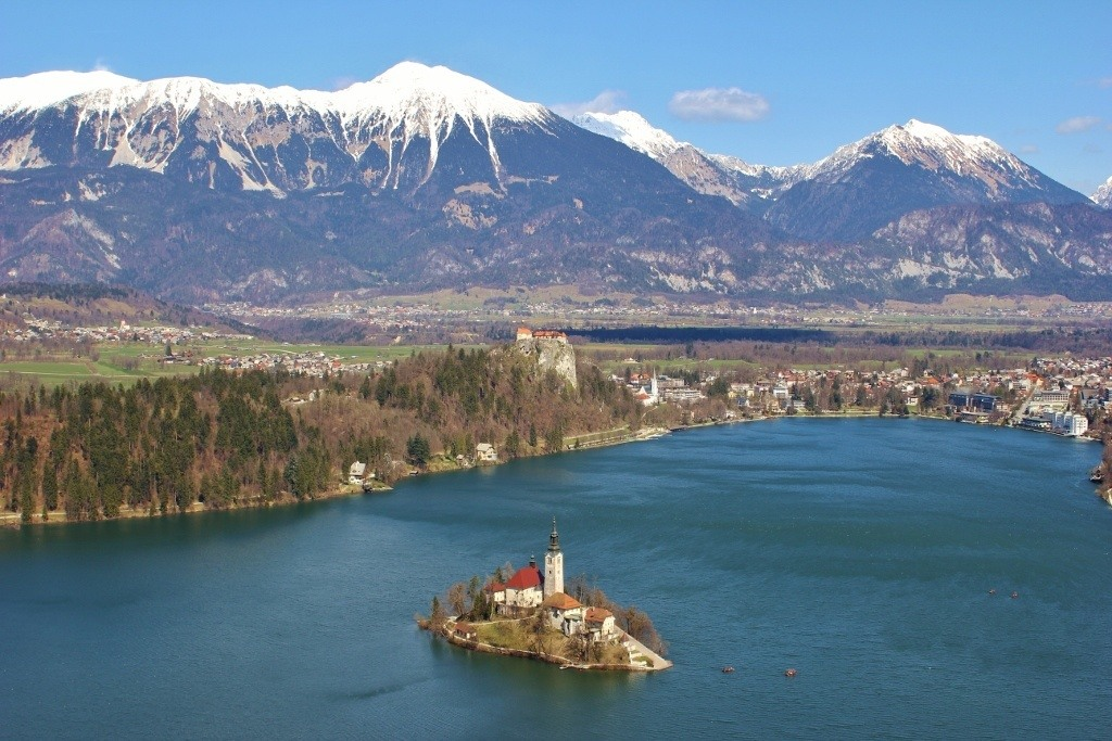 Lake Bled scenic viewpoints from the second viewpoint