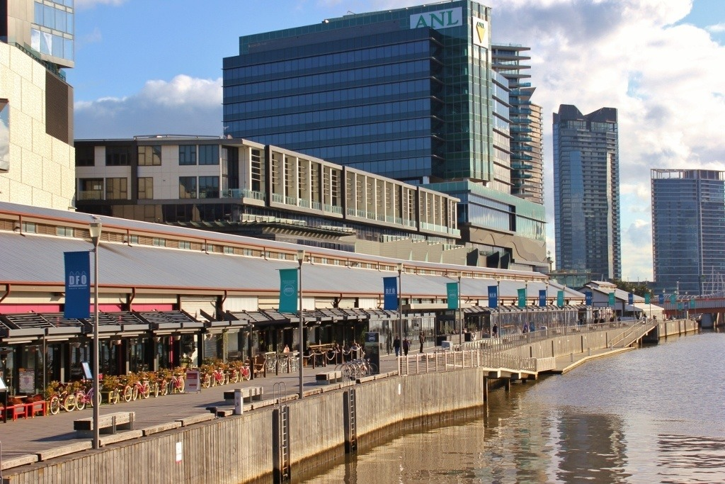 Self-guided walking tour of Melbourne: Stop 17, South Wharf Promenade