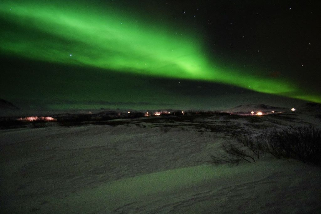 Jacqueline Kehoe www.thestrangeandnew.com Seeing The Northern Lights in Iceland