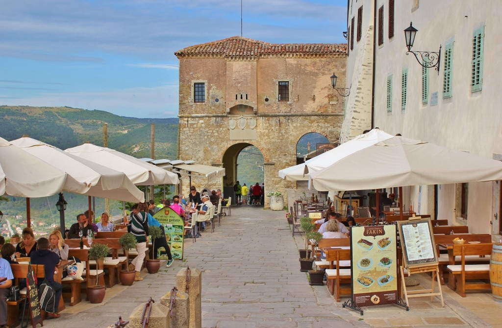 Outdoor dining in hilltop town, Motovun, Croatia