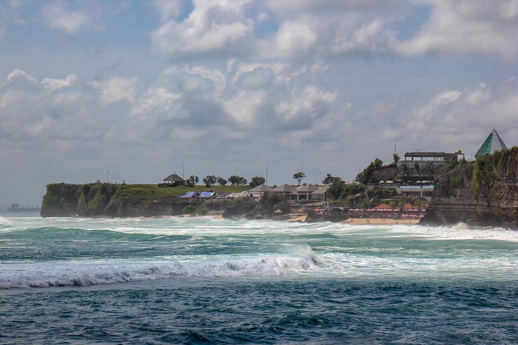 View of Dreamland Beach in Uluwatu, Bali, Indonesia