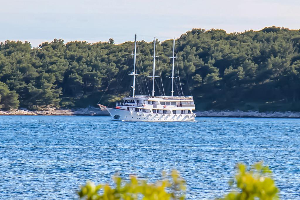Sailing in Croatia on the Alimissa