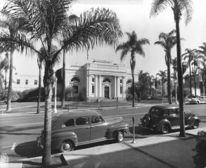 """""""Postcard of the horse and buggy era, Carnegie Library Building, San Diego Public Library, early 1900s"""" (Courtesy San Diego Public Library)"""