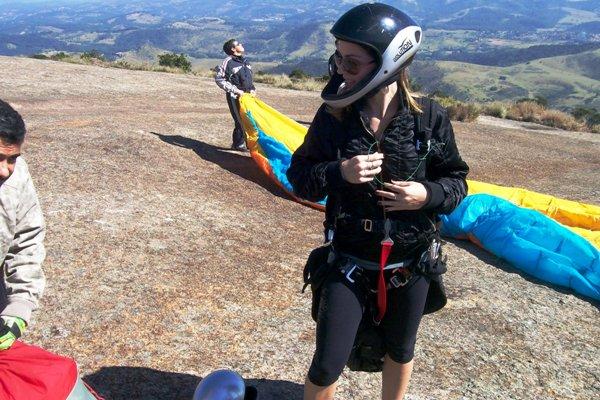 voar de paraglider é uma experiência inesquecível. A sensação de liberdade, o vento no rosto, as paisagens!