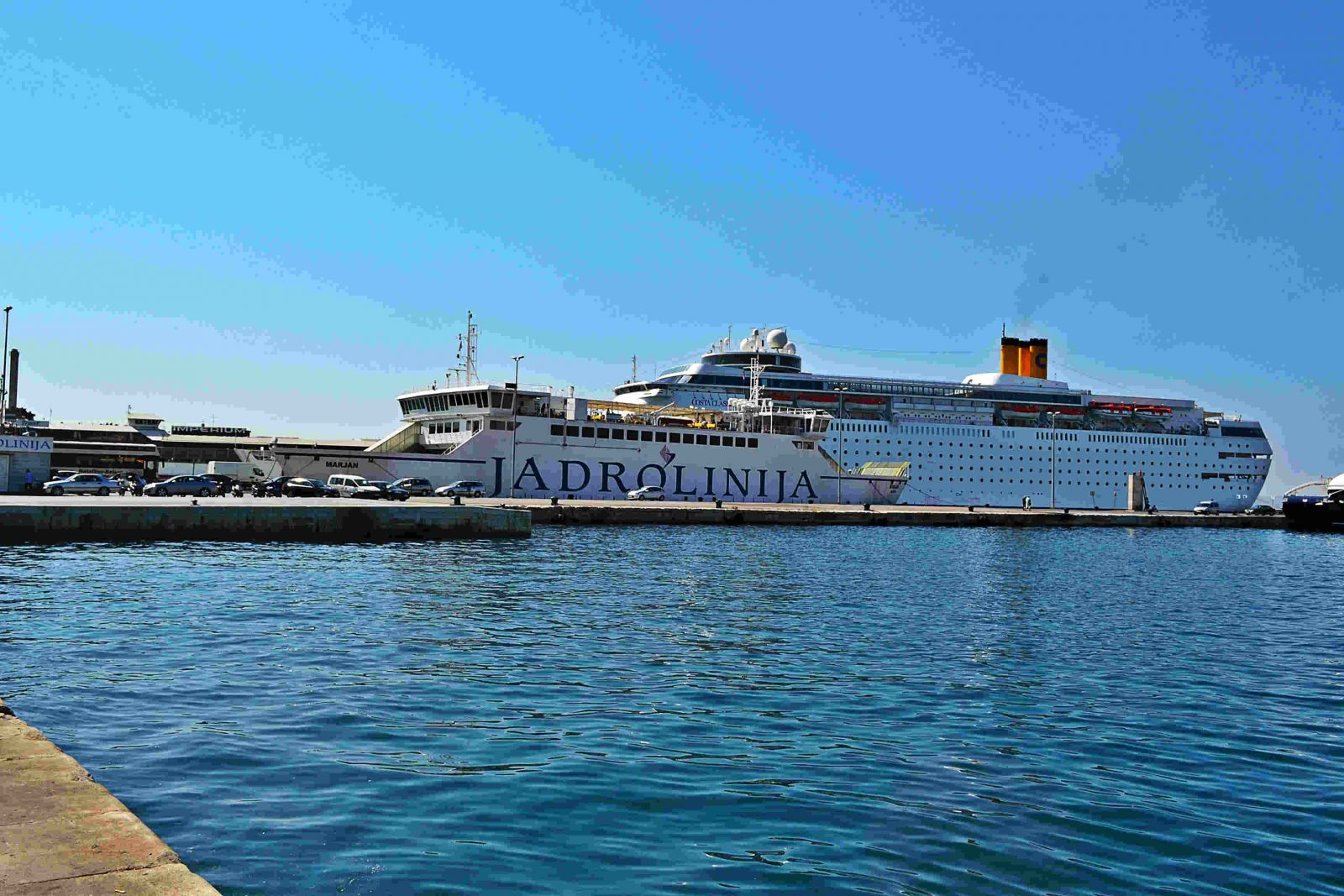 ferry boat jadrolinija na Croácia