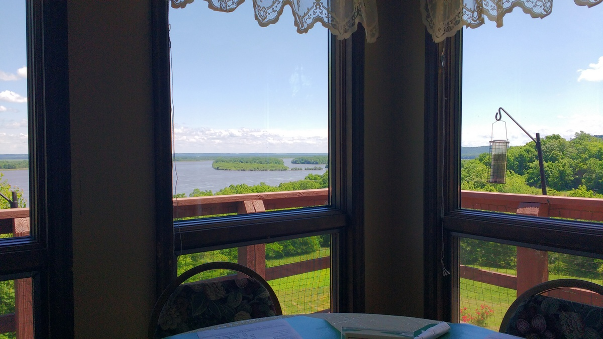 Best of the Upper Mississippi: Dining with a View, 2019 Edition