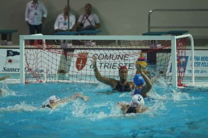 Former Dos Pueblos star Sami Hill is in goal for the U.S. in a match against Italy at the FINA Women's Junior World Championships. (Photos by Peter Neushul).